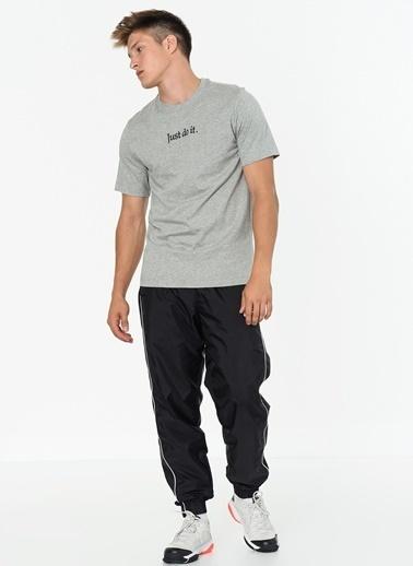 Nike Tişört Gri